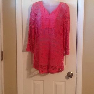 Monoreno 3/4 sleeve crochet top Sz: L
